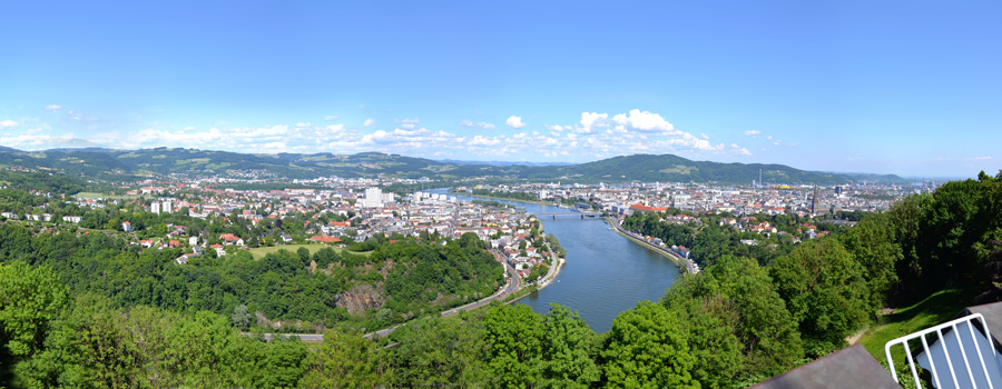 View over town Linz